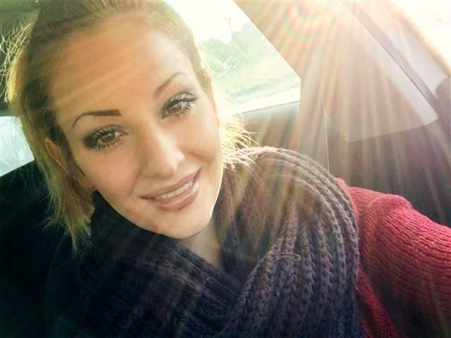Private Sportlerin Melinda braucht lustvollen Sex