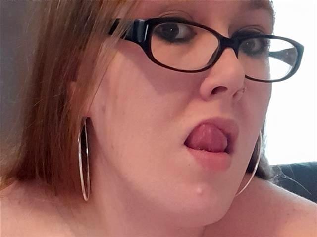 Spermageile Studentin Louisa will versaut blasen